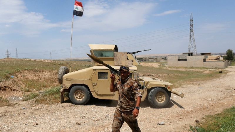 Iraqi forces gain foothold in Mosul after push