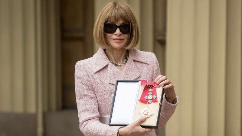 Queen Elizabeth makes Anna Wintour a dame