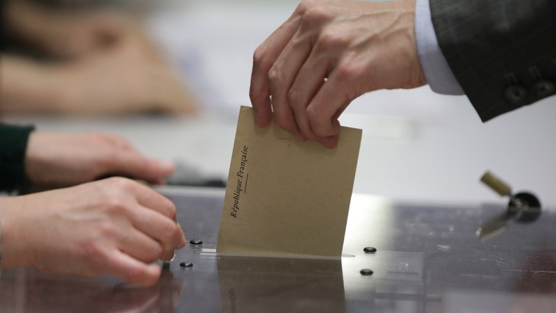 France chooses president in crucial election