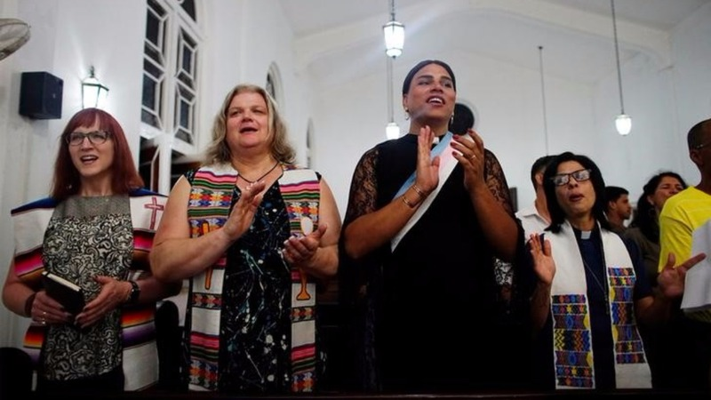 Cuba holds its first transgender Mass