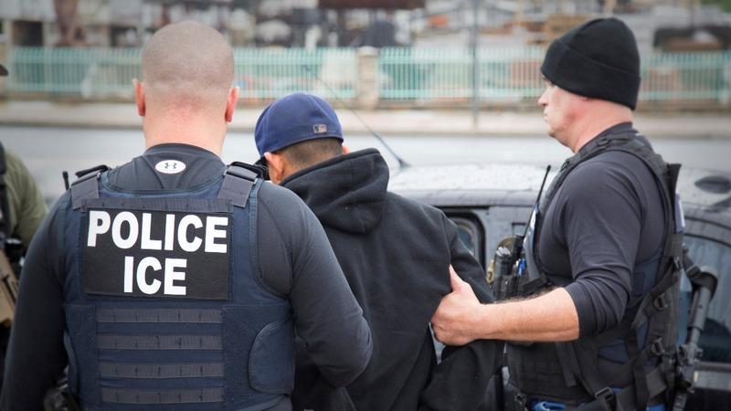 Texas to punish 'sanctuary cities'