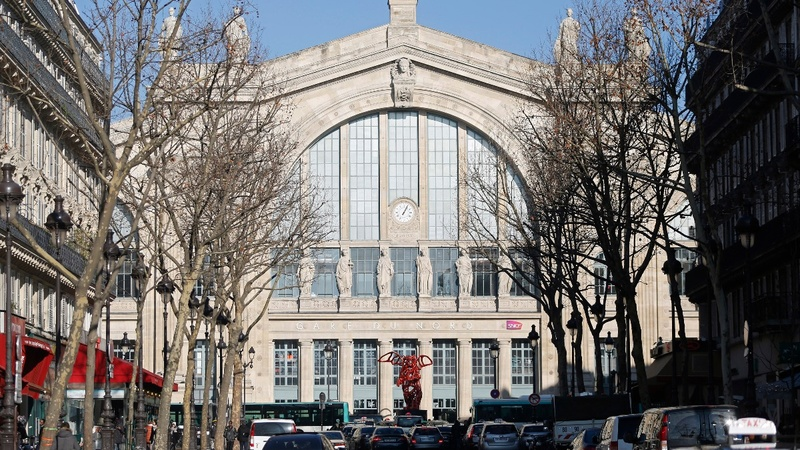Paris station reopens following terror scare