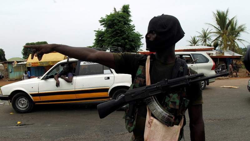 Heavy gunfire amid Ivory Coast army mutiny