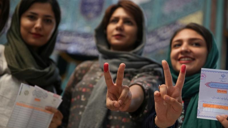 The hardline hawk challenging Iran's Rouhani