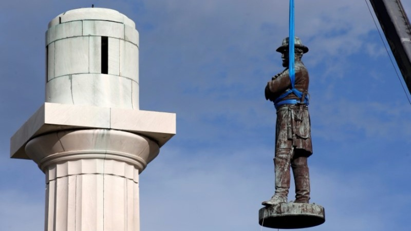 New Orleans removes the last of its Confederate statues
