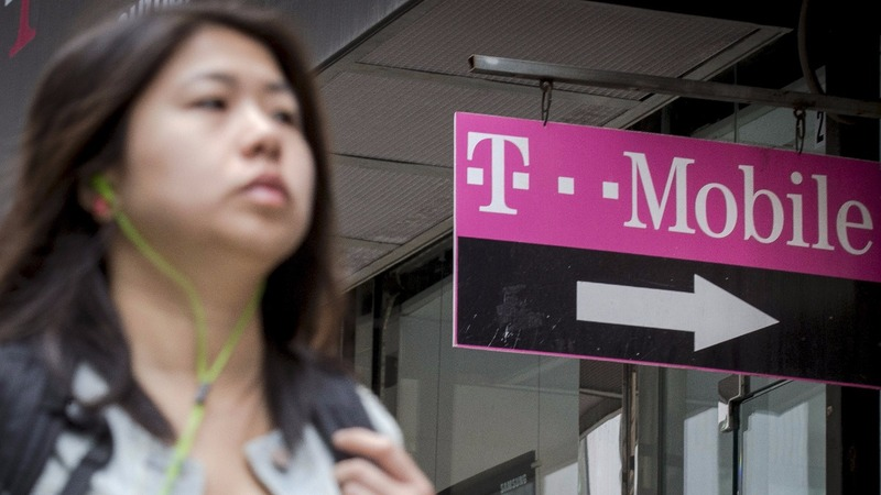 T-Mobile beefs up network using AT&T's cash