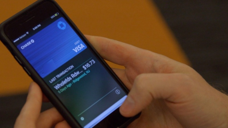 Banks unveil challenge to popular mobile payments apps