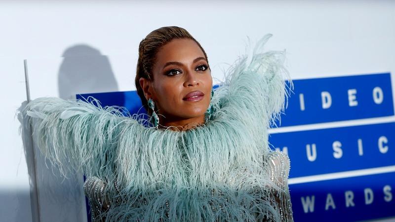 Beyonce welcomes twins