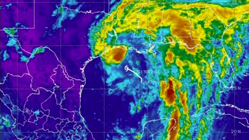Tropical storm Cindy slams Gulf States