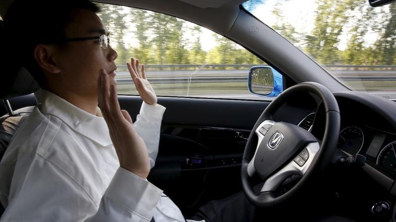 Sensors, alerts keep drivers awake in autonomous cars