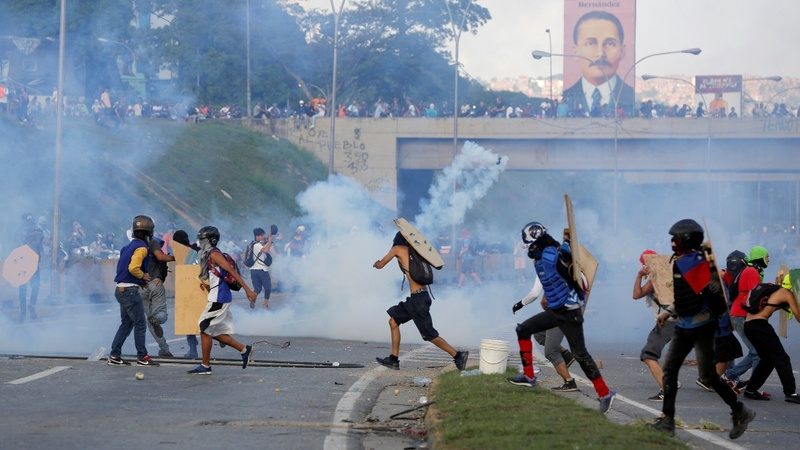 Slain Venezuelan protester's father appeals to President 'friend'