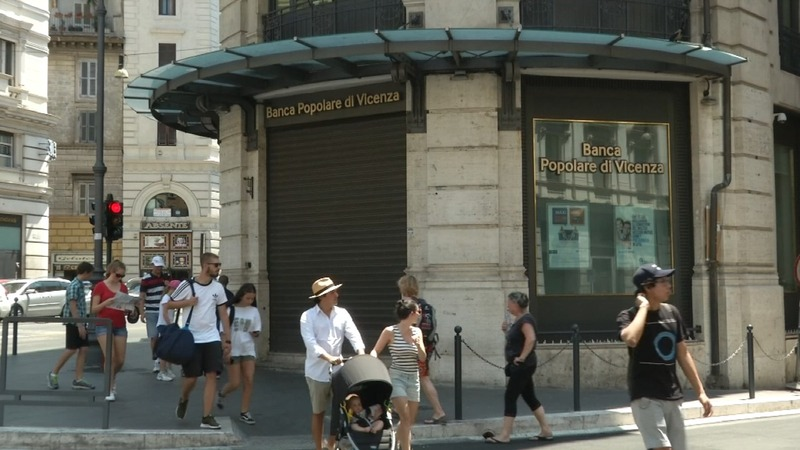 Italian banks bailout to hit taxpayers