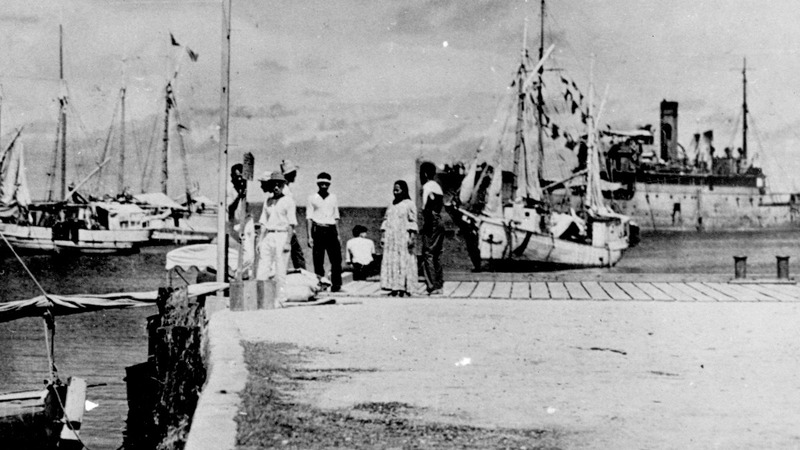 New photo adds a twist to Amelia Earhart's story