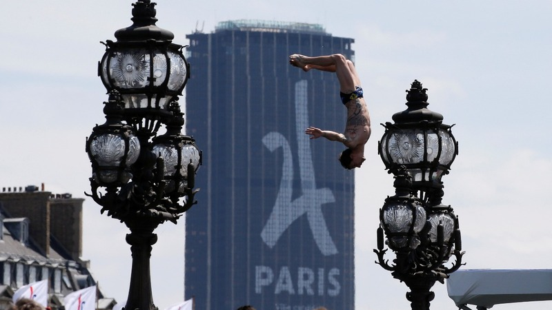 Paris and Los Angeles compete to host Olympic Games