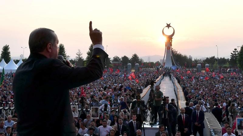 Erdogan to seek extended state of emergency