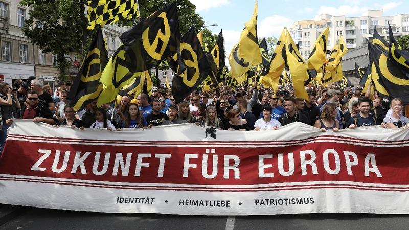 Far-right millennials sail against Europe migrant crisis