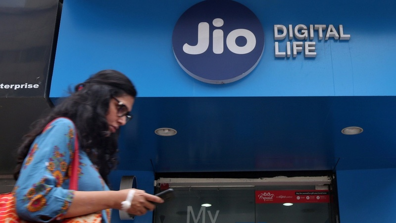A 'free' phone shaking up India's billion-strong market