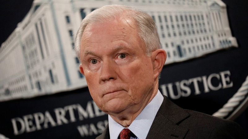 As Trump fumes, GOP rallies behind Jeff Sessions