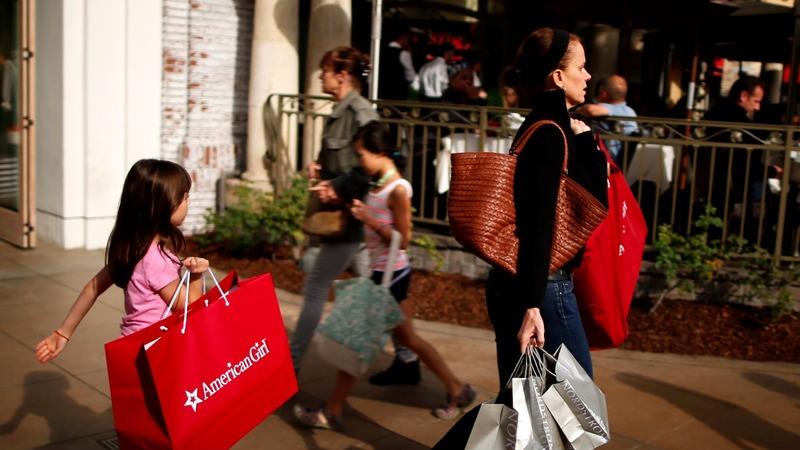 Consumer, biz spending fire up Trump economy