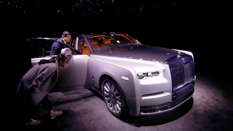 Rolls-Royce's new 'pinnacle of luxury'