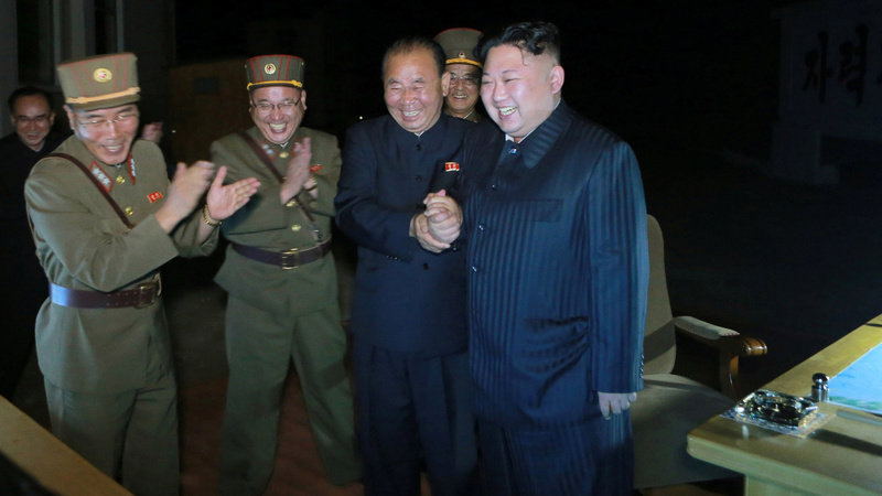 """North Korea says second ICBM test a """"stern warning"""" to USA"""