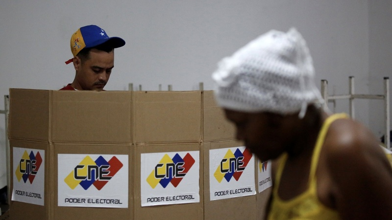 Deadly protests mar controversial Venezuelan vote