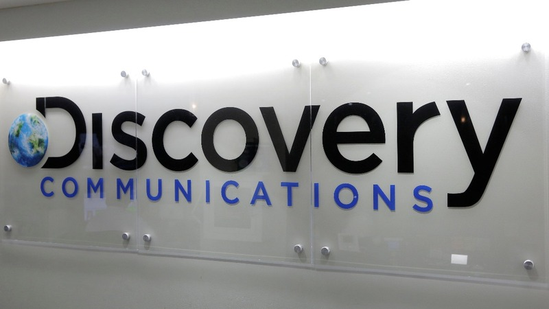 Discovery to acquire Scripps