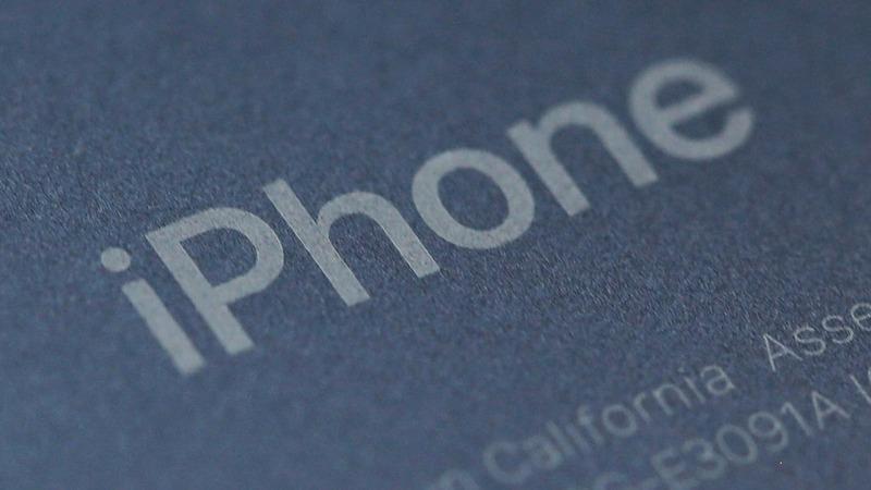 Apple shares spike after reassuring forecast