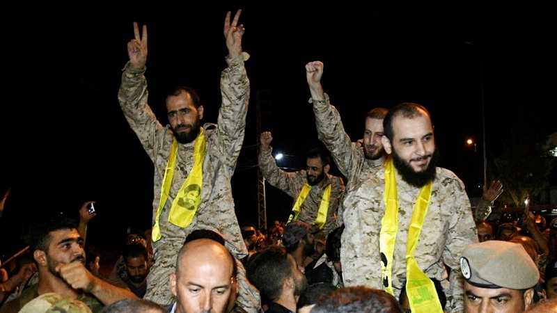 Hezbollah fighers freed under Syria swap deal