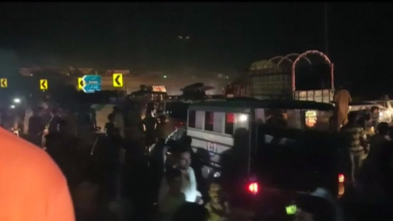 Deadly bomb blast rocks Pakistan's Lahore