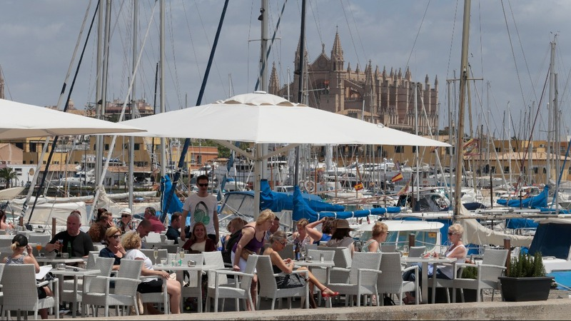 Spanish islands to fine illegal tourist rentals