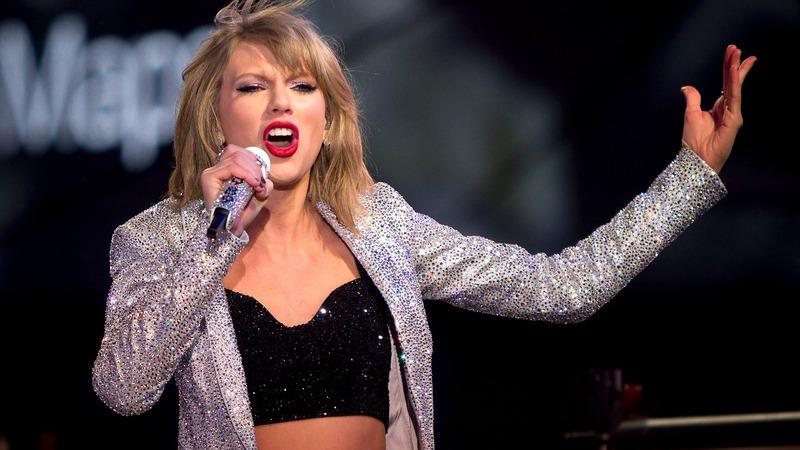 Taylor Swift's lawyer accuses DJ of seeking money, fame