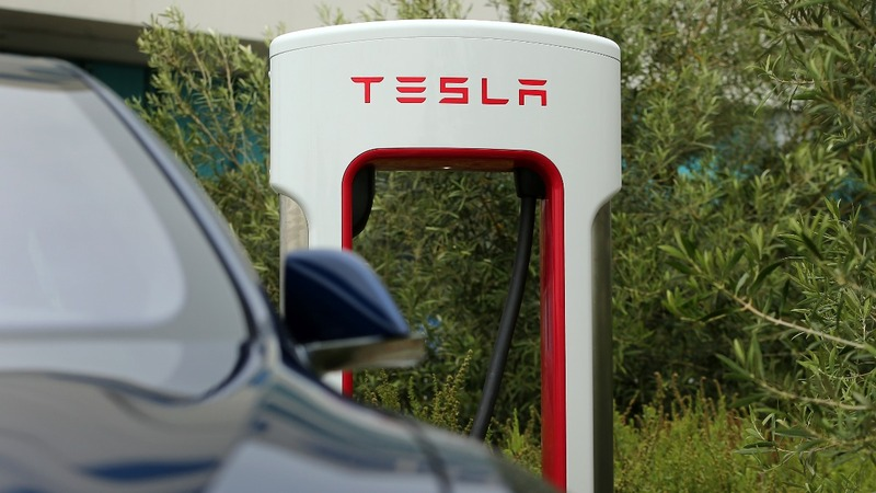 Exclusive: Tesla developing self-driving tech for semi-truck