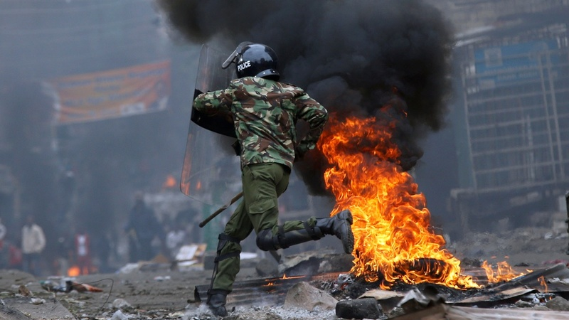 Violent clashes in Kenya following election result