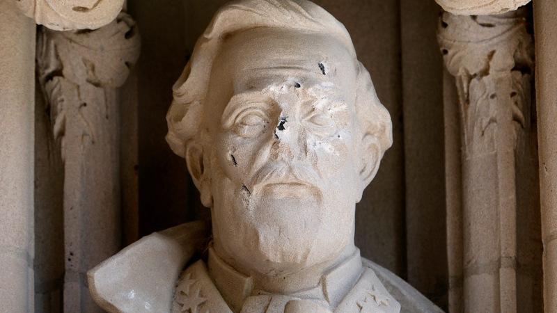 Trump defends Confederate statues as more come down