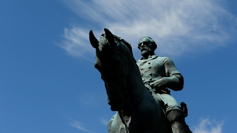Charlottesville mayor wants Lee statue to go