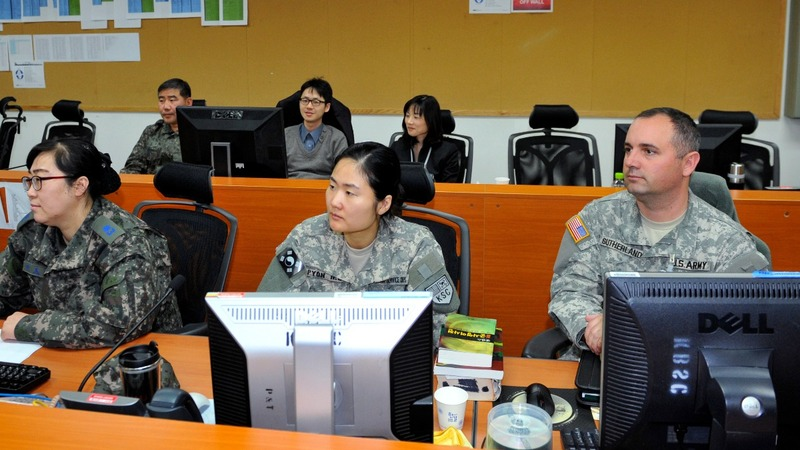 U.S. and South Korea practice virtual war against the North