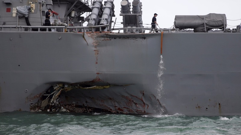 Ten sailors missing after U.S. warship collision