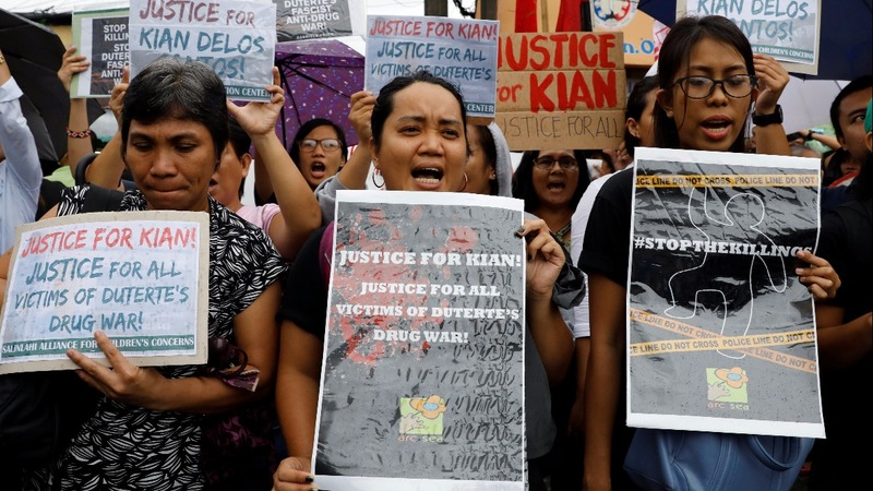 Anger boils over in Philippines over Duterte's drug war