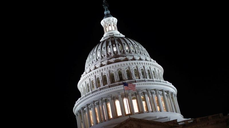 Democrats consider making tax demands in debt battle