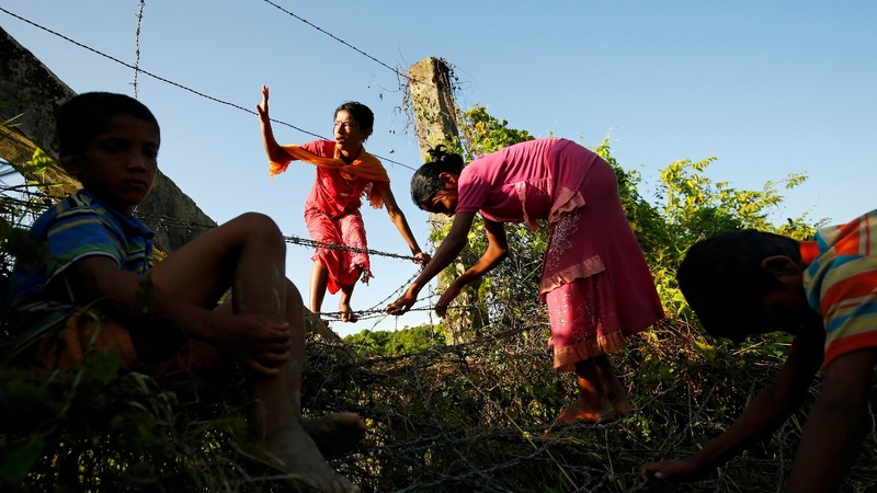 Stranded and sick: Rohingya fleeing Myanmar