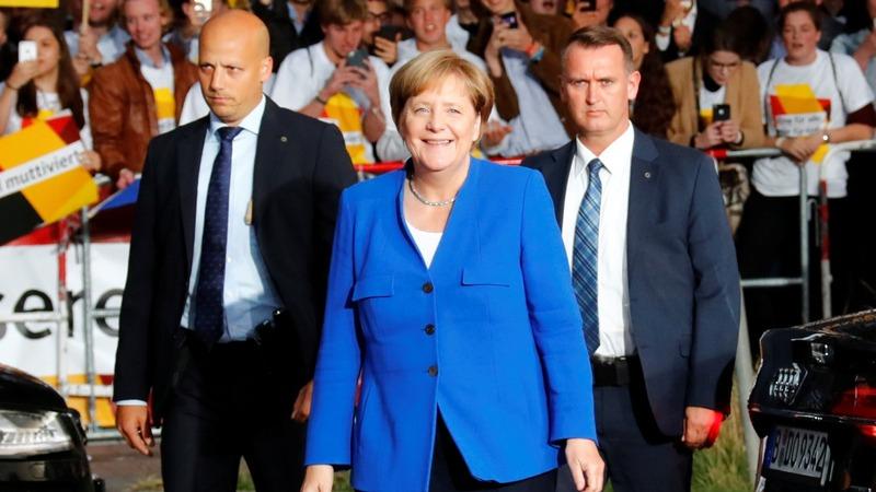 Merkel backs end to EU-Turkey membership talks