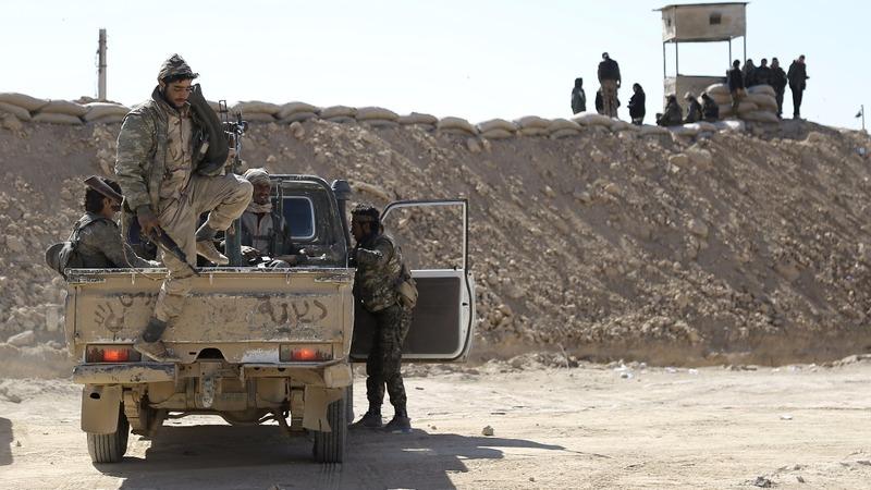 Syrian army reaches I.S. lines in Deir al-Zor