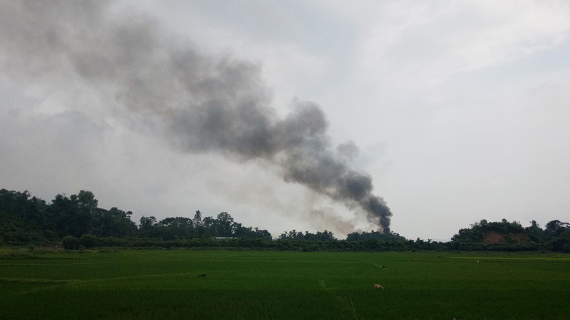 Border blasts raise questions as Rohingya flee Myanmar