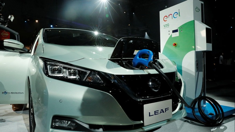 Nissan relaunches Leaf to grow electric roots
