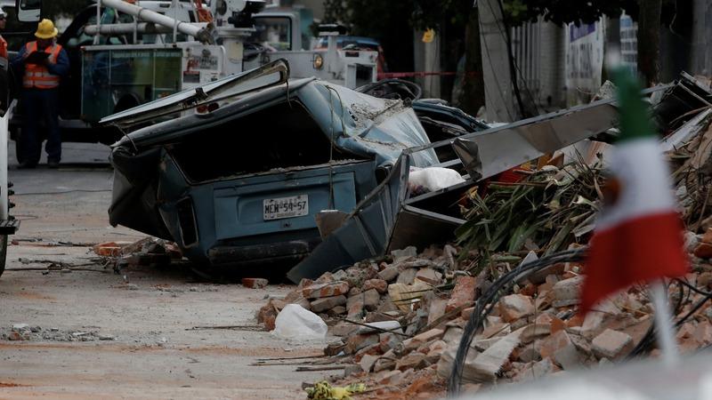 Quake kills at least 90 in Mexico