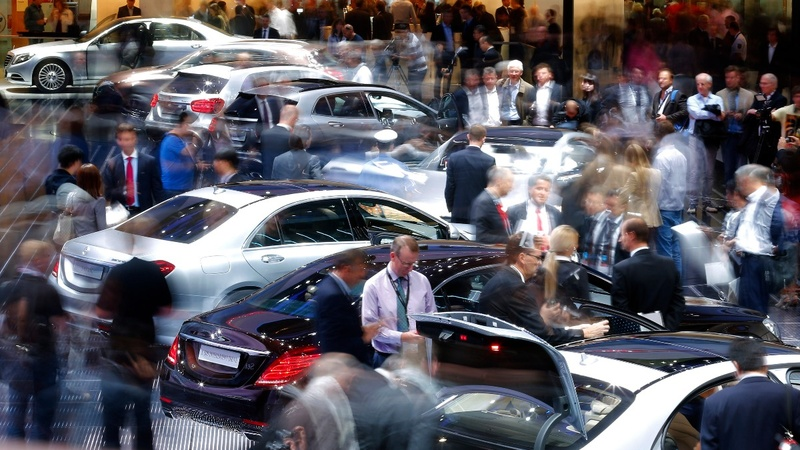 No-shows cast shadow over Frankfurt car show