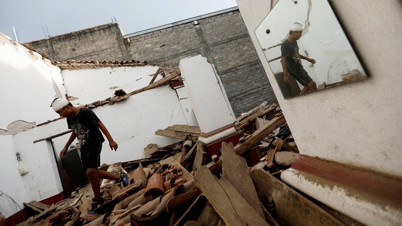 Mexico rushes aid to millions after powerful quake