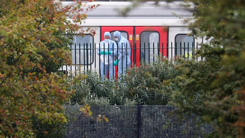 Home-made bomb explodes on London train