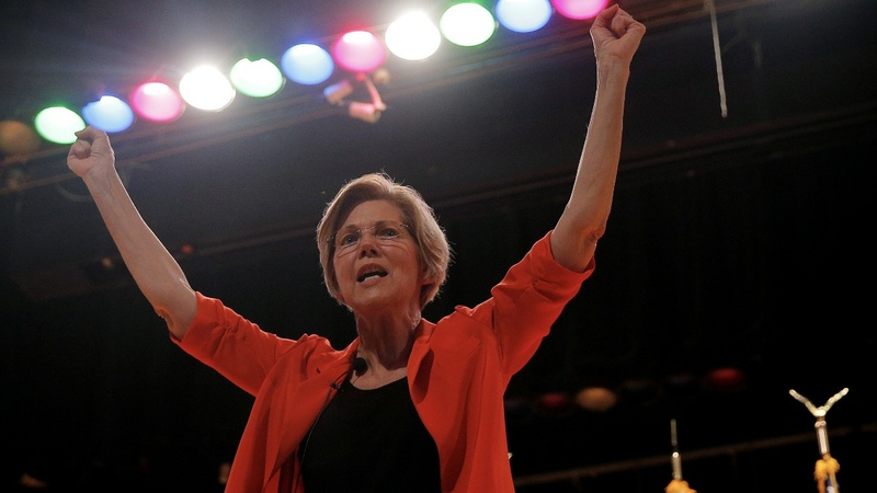 Warren introduces Equifax bill, launches industry probe